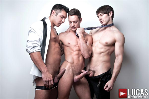 Michael Lachlan, Seth Treston, and Addison Graham Have a Gay Bareback Threesome