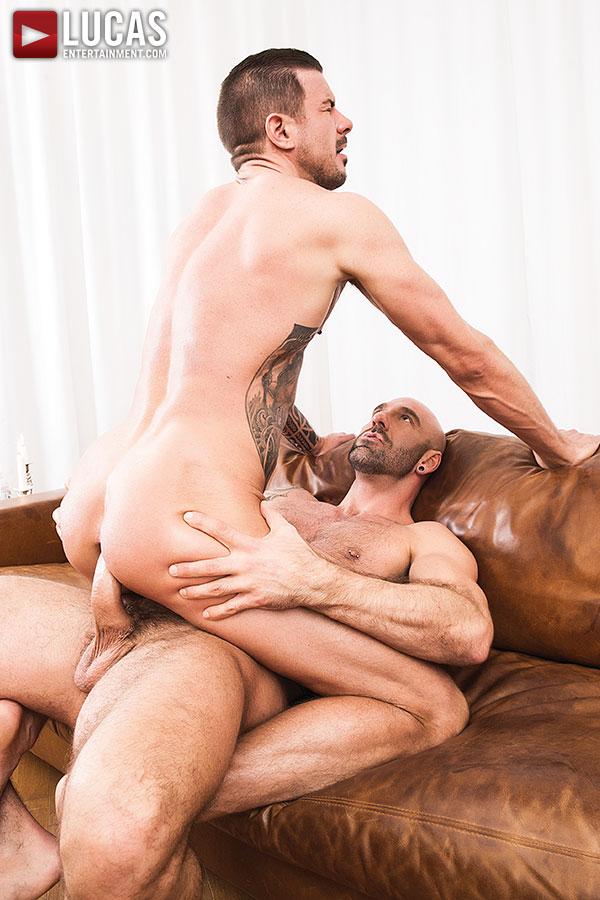 Ricardo chavira gay