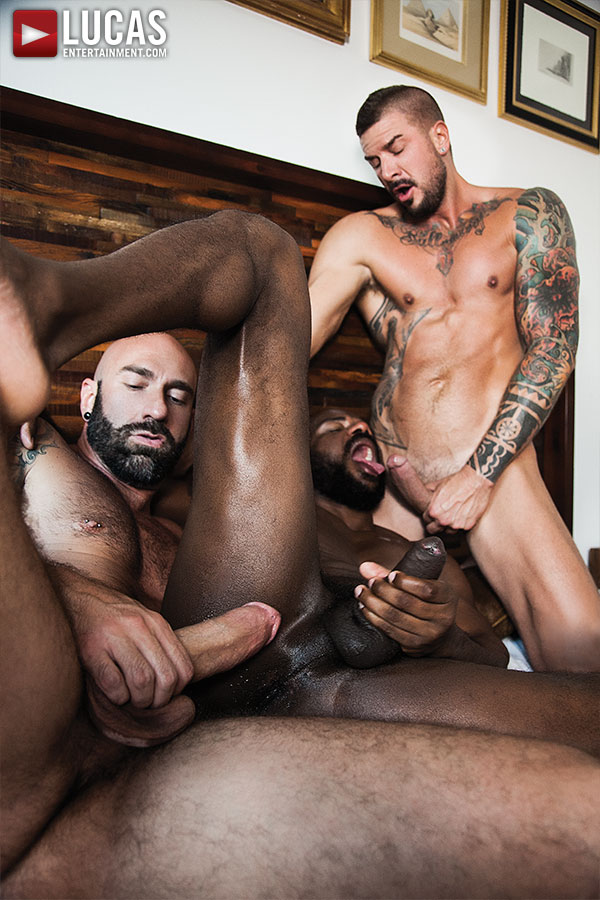 Threesome Interracial Barebacking Action Of Wild Gays